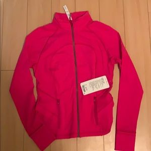 BNWT Hustle your Bustle jacket . Size 8 .